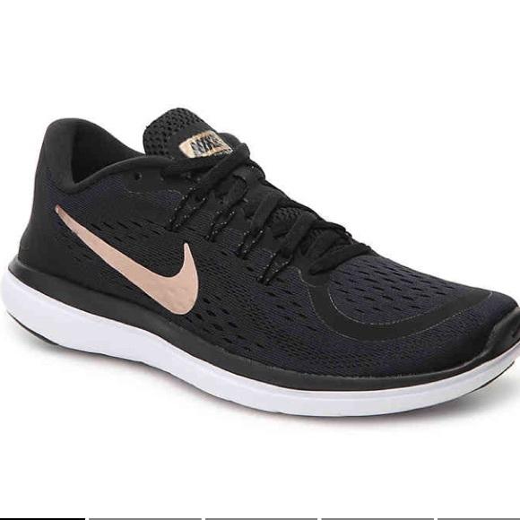 8ec70b758c6e Women s Nike Flex 2017 RN Running Shoes. M 5aea76c2077b97c2fe24db2a